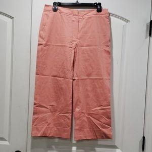 Cuffed crop pants in peach